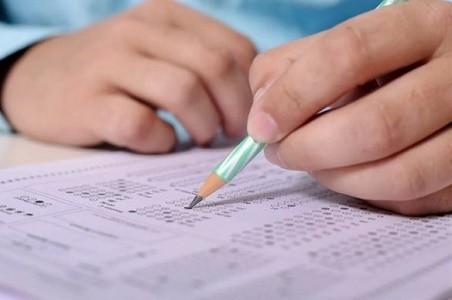 25 выпускников харьковских школ получили 200 баллов на ВНО