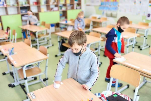 С 25 января все харьковские школьники вернутся на занятия в школы