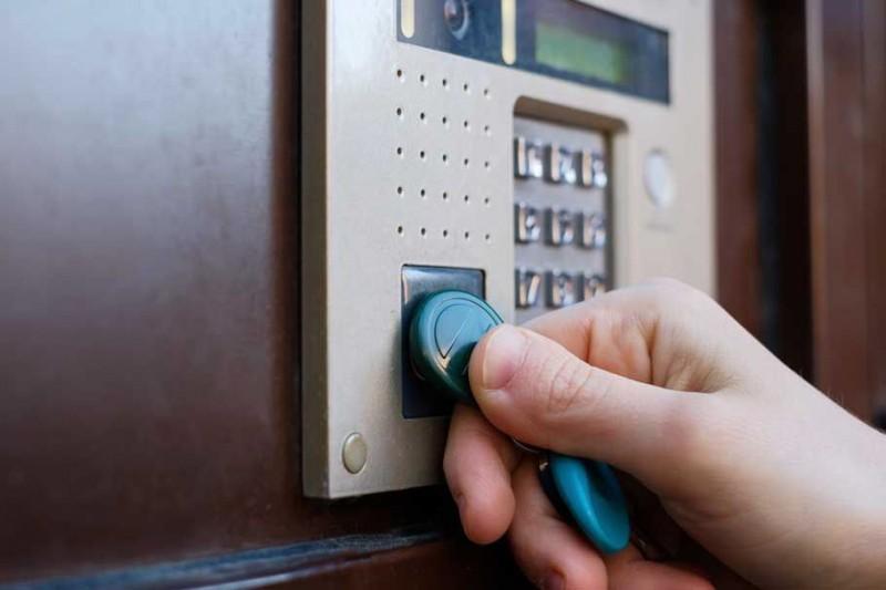 Зачем нужно заказать домофон? 5 убедительных причин от интернет-магазина «Охранные системы»