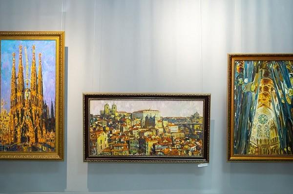 В Харькове проходит выставка «Городские краски» Виктора Ковтуна