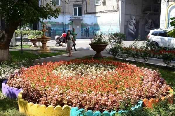 Ко Дню города в Харькове благоустроили более 200 дворов