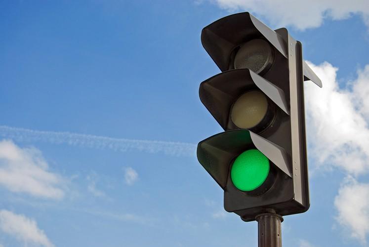 Светофор на Велозаводском мосту заработает на этой неделе