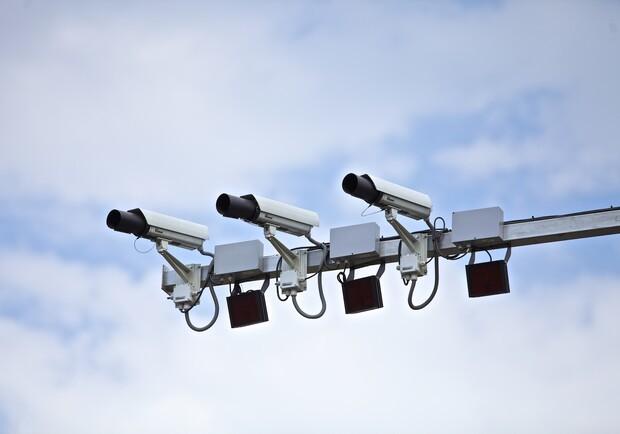 На дорогах Харькова установят камеры: список