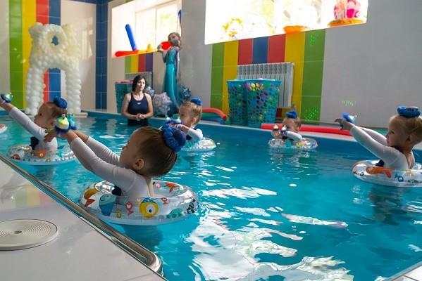 В харьковском детсаду №142 открыли новый бассейн