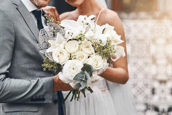 Особая дата: в Харькове за сутки поженились 92 пары