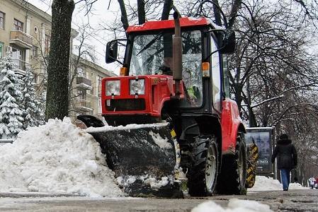 Харьков закупит новую технику для расчистки города от снега