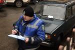 Инспекторы по парковке за месяц выписали более 400 штрафов