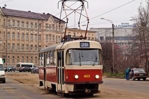 На маршруте трамвая №20 реконструировали несколько крупных переездов