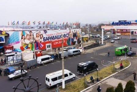 Дорога через рынок «Барабашово» может появиться до конца года