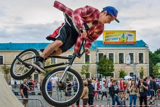 В трех районах Харькова пройдет фестиваль уличных культур
