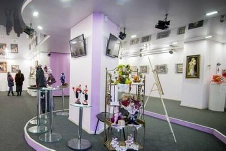 В галерее «Бузок» пройдет выставка о стереотипах и единстве