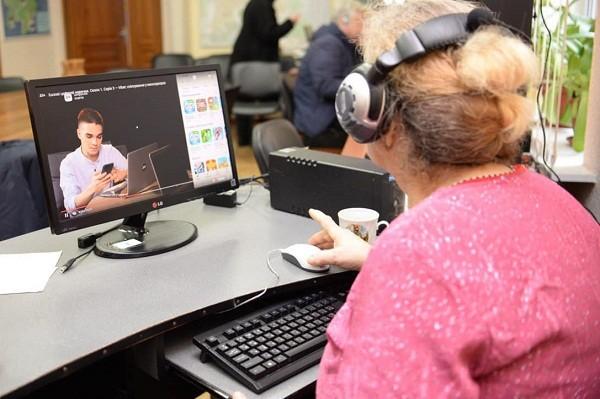 В библиотеках Харькова проводят курсы компьютерной грамотности