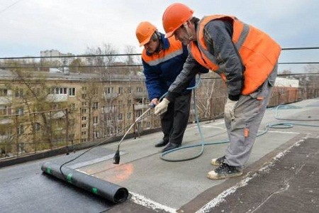 В Харькове планируется отремонтировать около 900 кровель