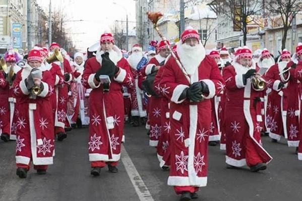 В Чугуеве пройдет шествие Дедов Морозов