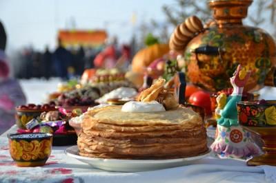 На площади Свободы открылась праздничная ярмарка