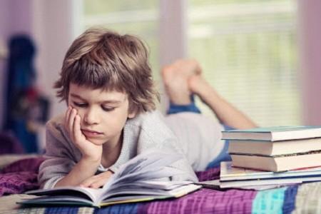 «Читай-пиши»: харьковских школьников приглашают принять участие в конкурсе