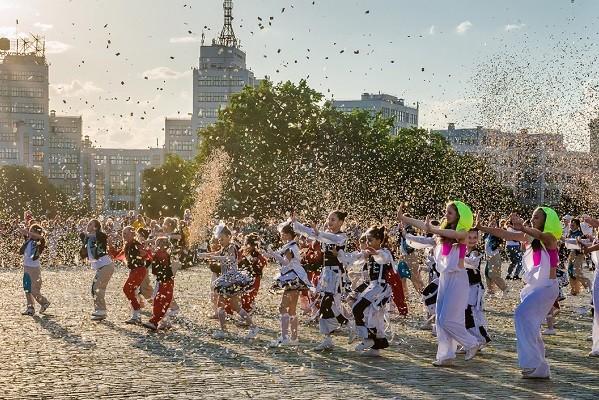Ко Дню защиты детей на площади Свободы пройдет танцевальный флешмоб