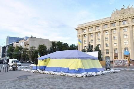 Мэр Харькова Геннадий Кернес дал ответ на петицию о сносе палатки