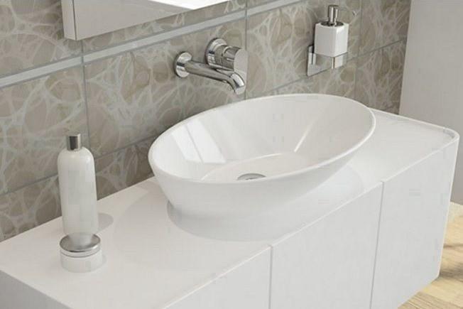 Накладная раковина для ванной: преимущества и особенности