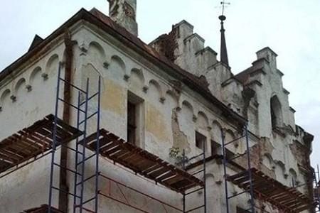Под Харьковом приступили к реконструкции Шаровского замка