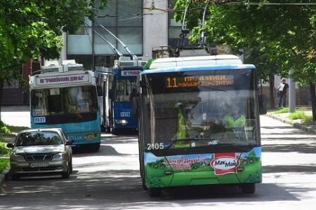 В Харькове на трамваях и троллейбусах стало ездить на 20% меньше пассажиров