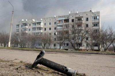 В Балаклее продолжаются одиночные взрывы боеприпасов