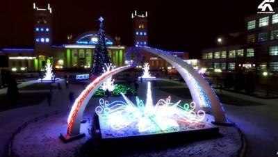 Привокзальная площадь в канун новогодних праздников